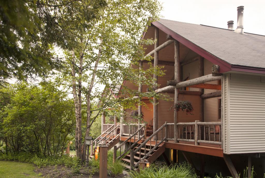 Adirondack Corporate Retreats :: Upstate NY Inn - Adirondack Hotel, Friends Lake Inn