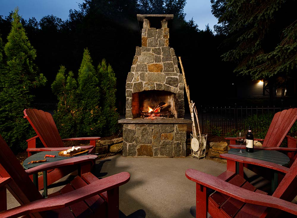 Relax and unwind at our Upstate New York hotel after a day on the Lake George hiking trails